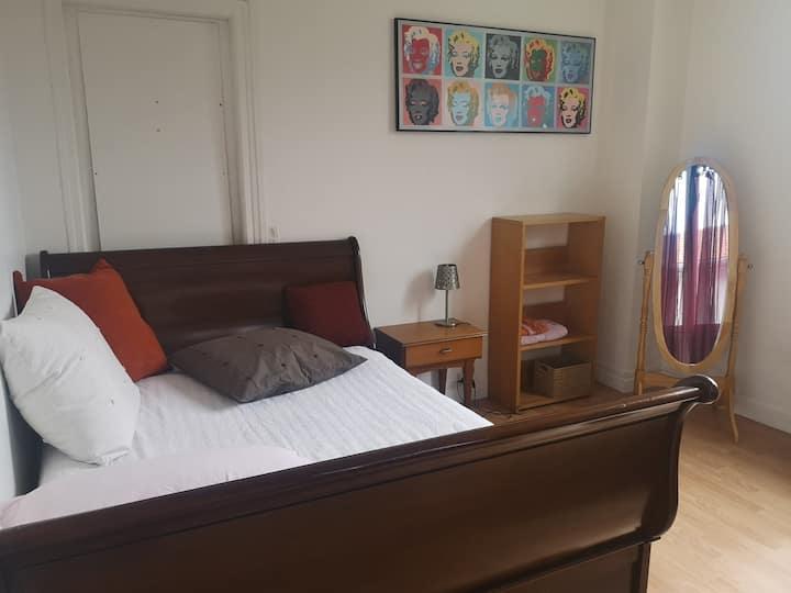 Chambre 1, dans maison à partager,  Nord de Reims.