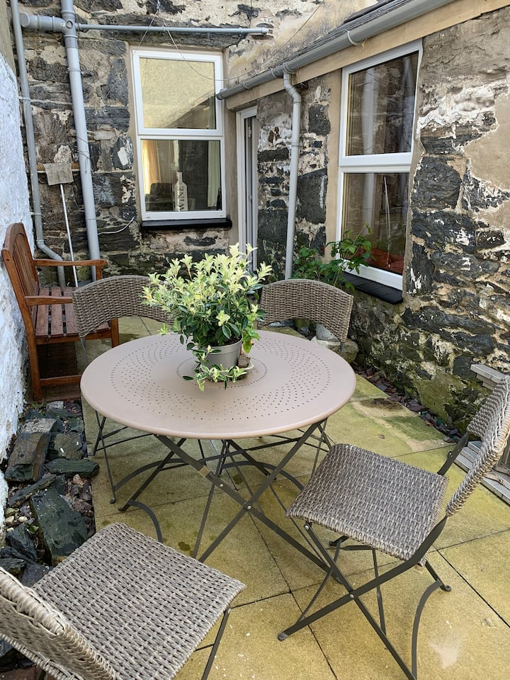 Porthmadog Haven - spacious,central & pet friendly