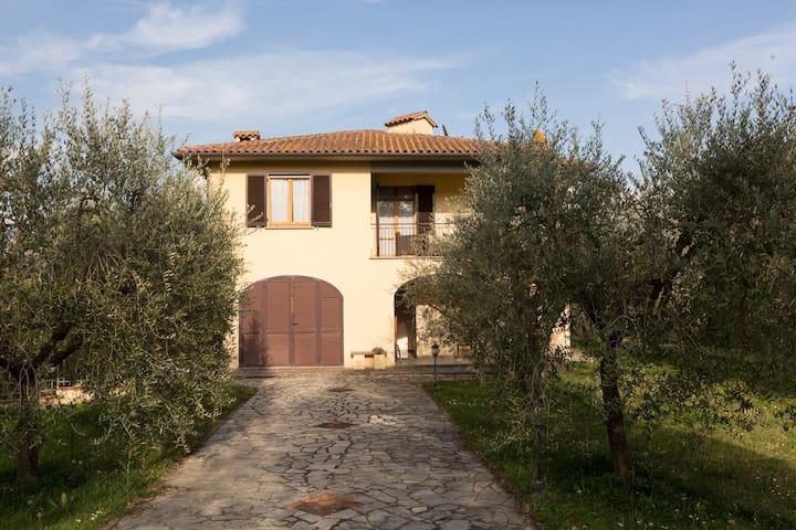 La Lama - Villa with swimming pool in countryside - Monte San Savino - Casa de campo