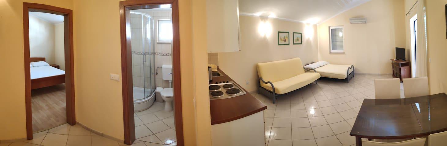 Apartmani Zdravka - Apartman 103