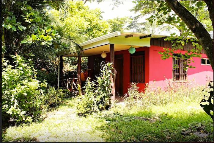 Lovely House Near the Beach, Cabuya - Cabuya - Hus