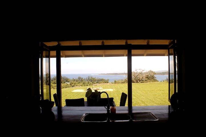 Shark Bay Clifftop Views