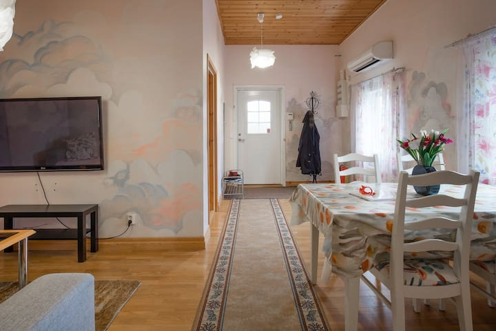Cosy 3 bedroom apartment 20 min from Stockholm