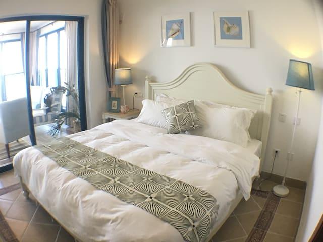 双月湾海景双卧套房,新装修 - 惠州市 - Apartment