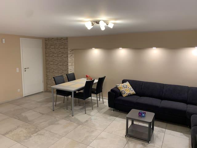 Apartment Köln-Nähe für 4 Personen.