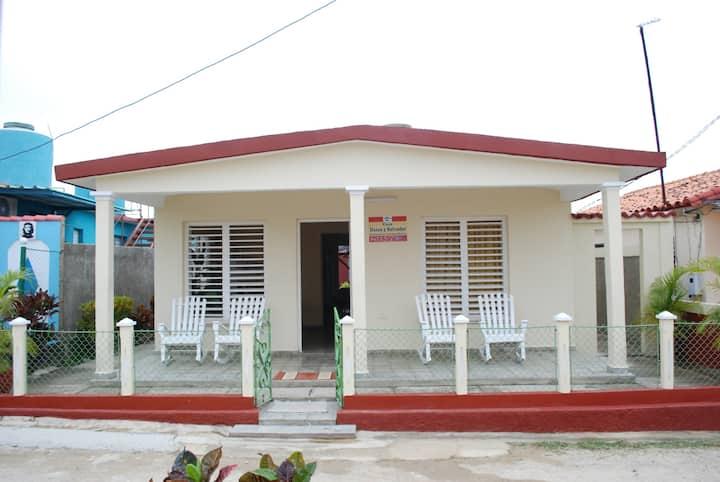 """Casa """"Salvador y Dania"""""""