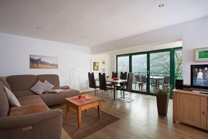 Heinemanns Hof, (Lennestadt), Schwalbennest, 75qm, 3 Schlafzimmer, 2 Bäder, max. 5 Personen