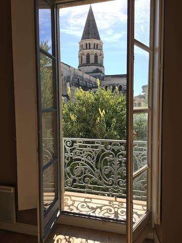 Très belle appartement en plein coeur de Nîmes - Nîmes