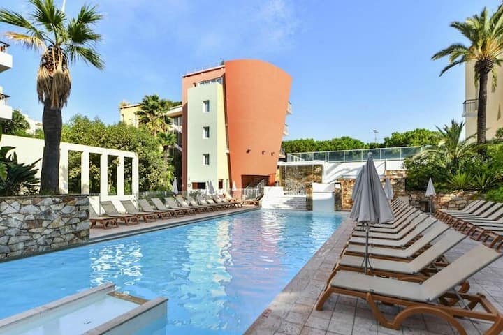 4 star holiday home in Antibes