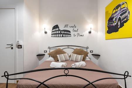 Del Falco - St. Peter's Boutique Rooms