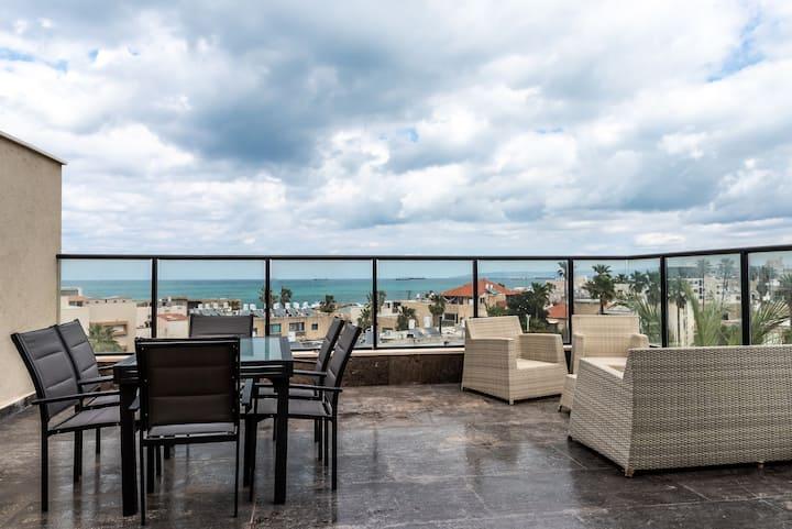 Luxury Bat Galim 4BR,  Penthouse Parking & Balcony