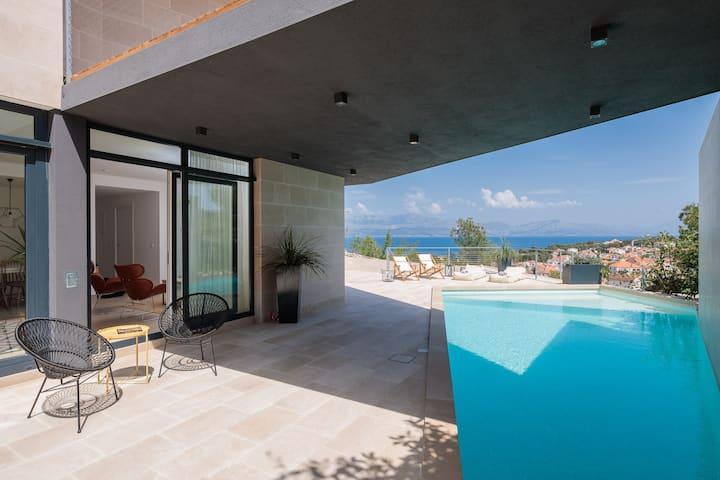 5-star modern stone villa Sea La Vie