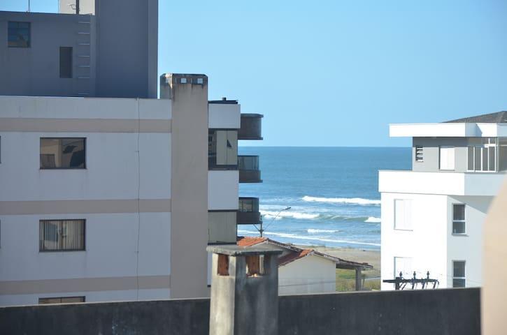 Apto Duplex na praia de Laguna-SC - Laguna