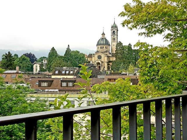 ***** Calm & Sunny Penthouse Balcony Bijou