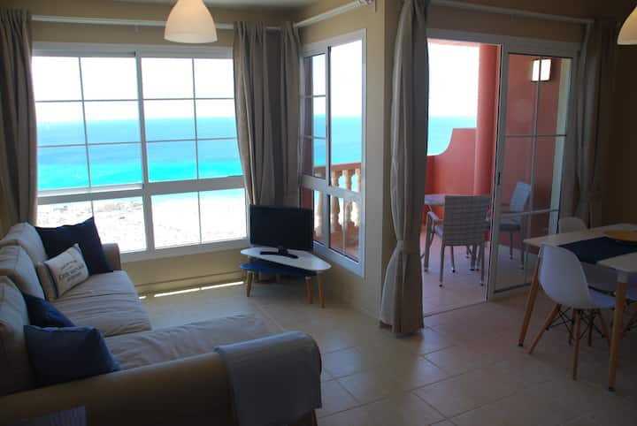 Seaview apartment (Pool+ Wifi)