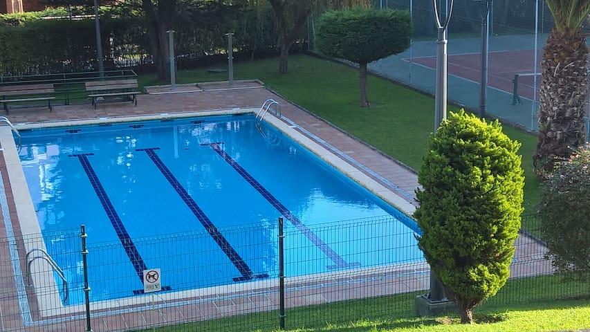 2-storey penthouse, swiming-pool, tennis