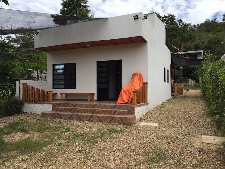 ESPECTACULAR QUINTA VILLA LUZ - CARMEN DE APICALA