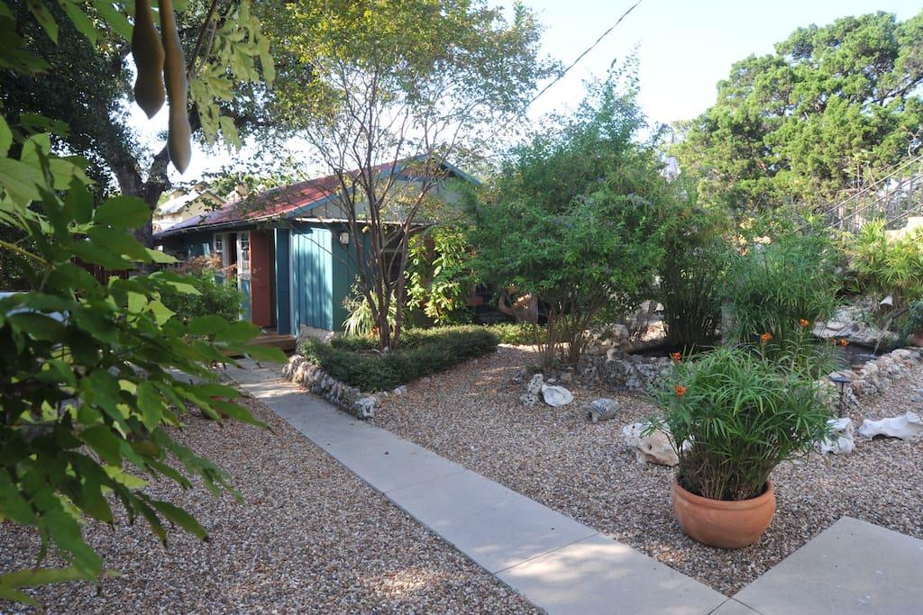 Casa Bella A Romantic Destination Guesthouse For Rent In San Antonio Texas United States