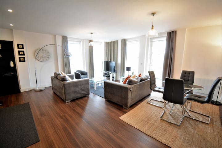 Kennet House Serviced Apartments, Reading - Apt B