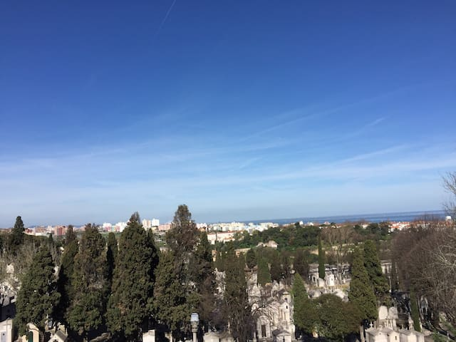 Sunny  spacious, room, amazing view - Lisboa - Huoneisto