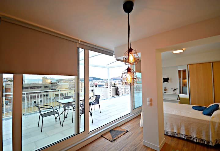 """Loft 49"" with Acropolis view"