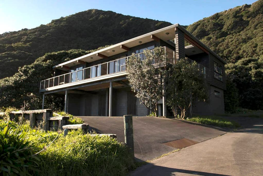Piha Vista Holiday Home