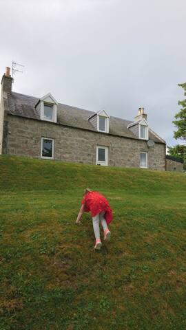 Raebreck (Mrs Macgillivray boarding House)