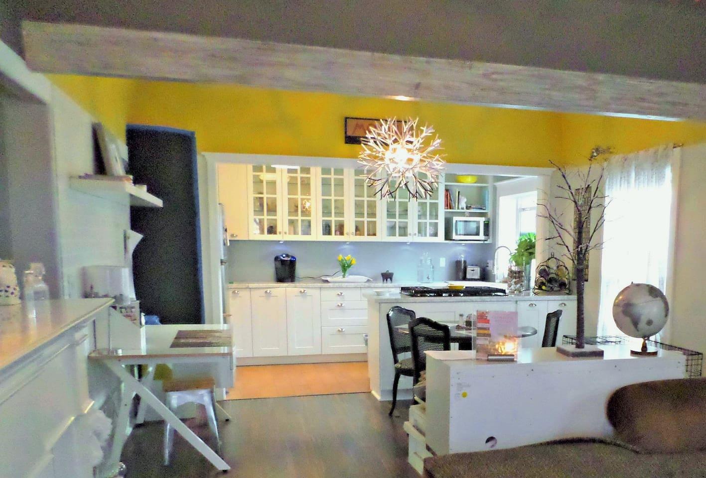 Modern beautiful and airy kitchen