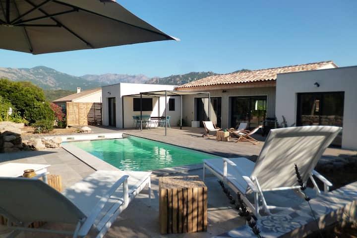 Pavillon 83: Villa avec piscine proche des plages