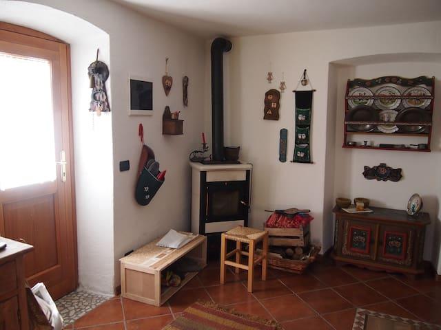 Grazioso appartamento con giardino a Caviola - Caviola - Leilighet