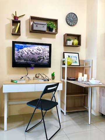 TV with Netflix, Study/Computer Table, Cabinet that can be used for dining
