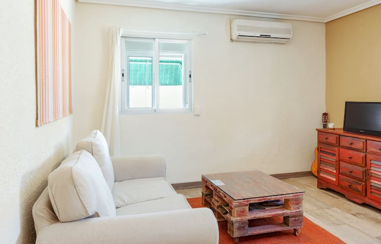 Cozy and lovely flat in Barajas