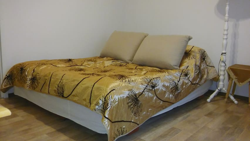Rent room for 2 people. - Łódź