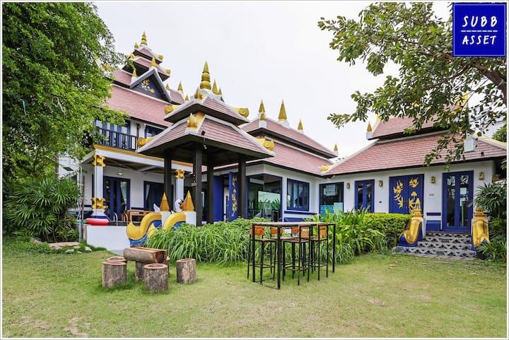 BeachFront Thai Lanna Style Poolvilla | Pranburi
