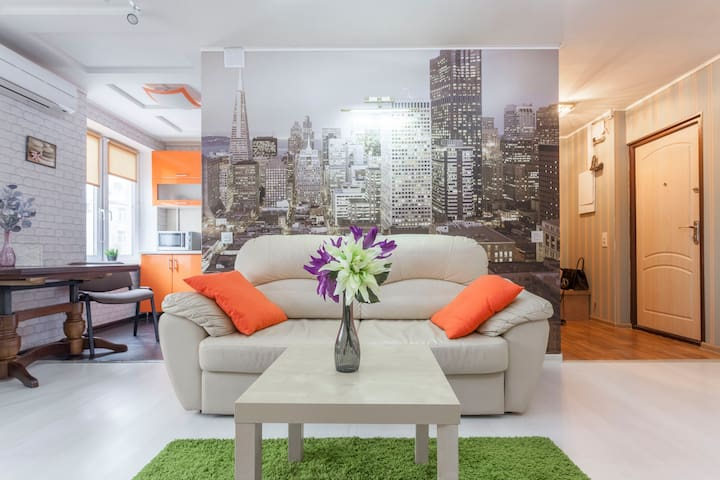 Chistye Prudy modern apartment