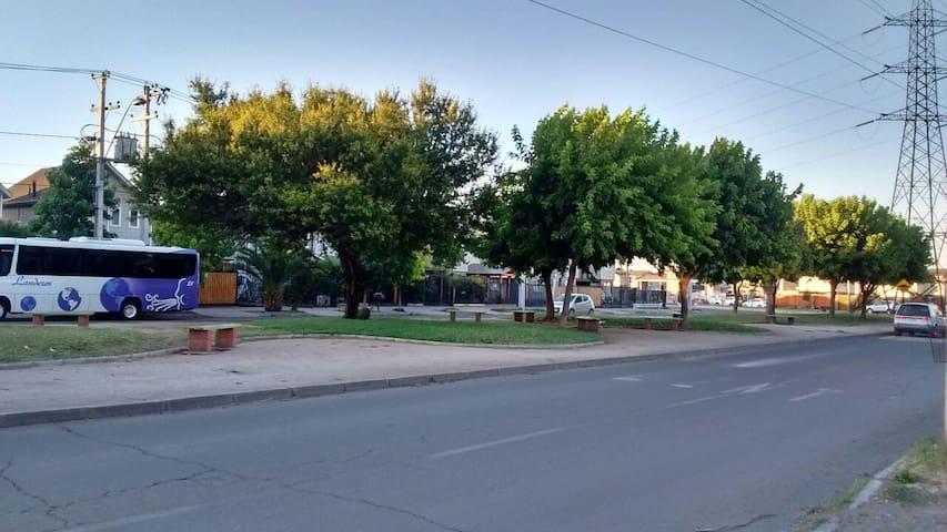Alojamiento Las Torres - Quilicura - Maison