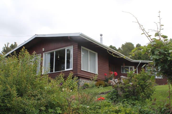Casa Frutillar Bajo - Frutillar - Talo