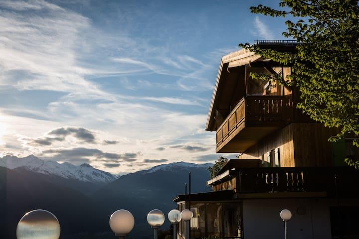 Mountain-nature-silence-Südbalkon-Appartment