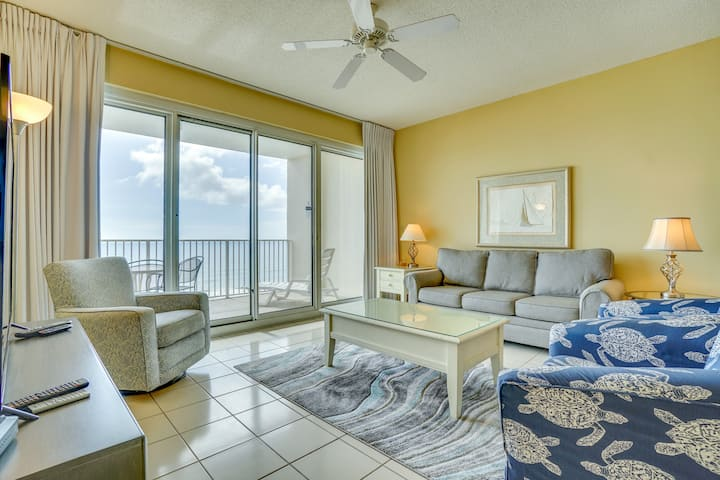 Tides 804 ~ 2BR w/bunkbeds ~ beachfront ~ 2 pools, hot tub, beach bar & grill