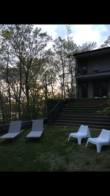shelter island heights buddhist dating site Find upcoming spirituality events in shelter island heights, ny: church services, meditations, bible studies, worship services, catholic mass times, etc [updated weekly.