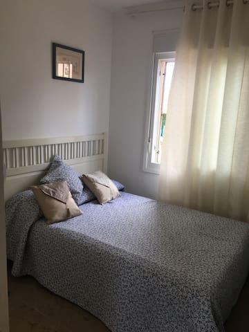 Primera planta bedroom/first floor bedroom