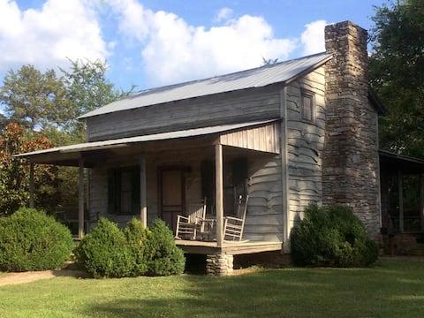 Springhouse Cabin (Lairdland Farm)