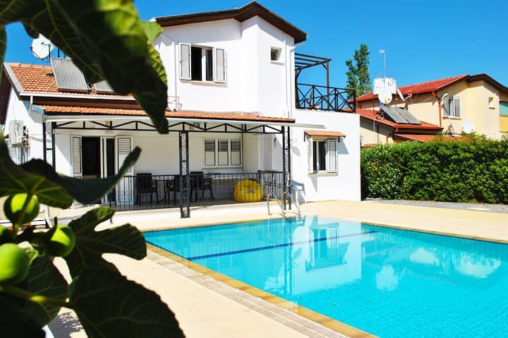 Lovely villa within the walking distance to kyrenia city centre