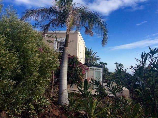 Romantisches Haus mit Atlantikblick
