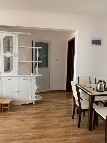 新装修高层公寓2室 家具全 拎包入住 New apartment 2 bedroom 1 bath