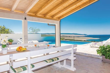 Villa Sunset with pool and seaview, Zadar county