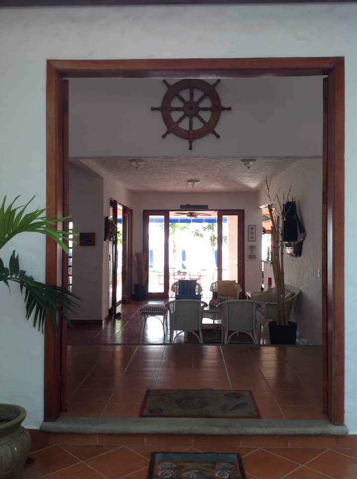 Casa Mariuma @ Pochomil Beach