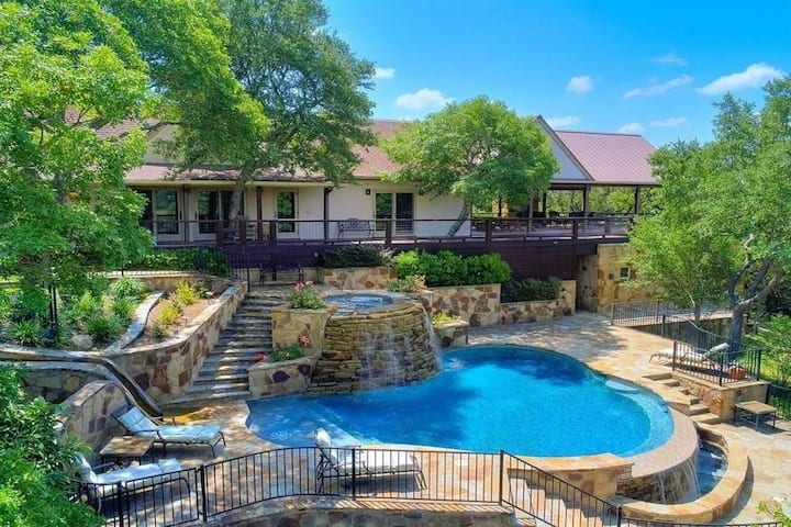 Secluded 25 Acre Estate w/Spectacular Views