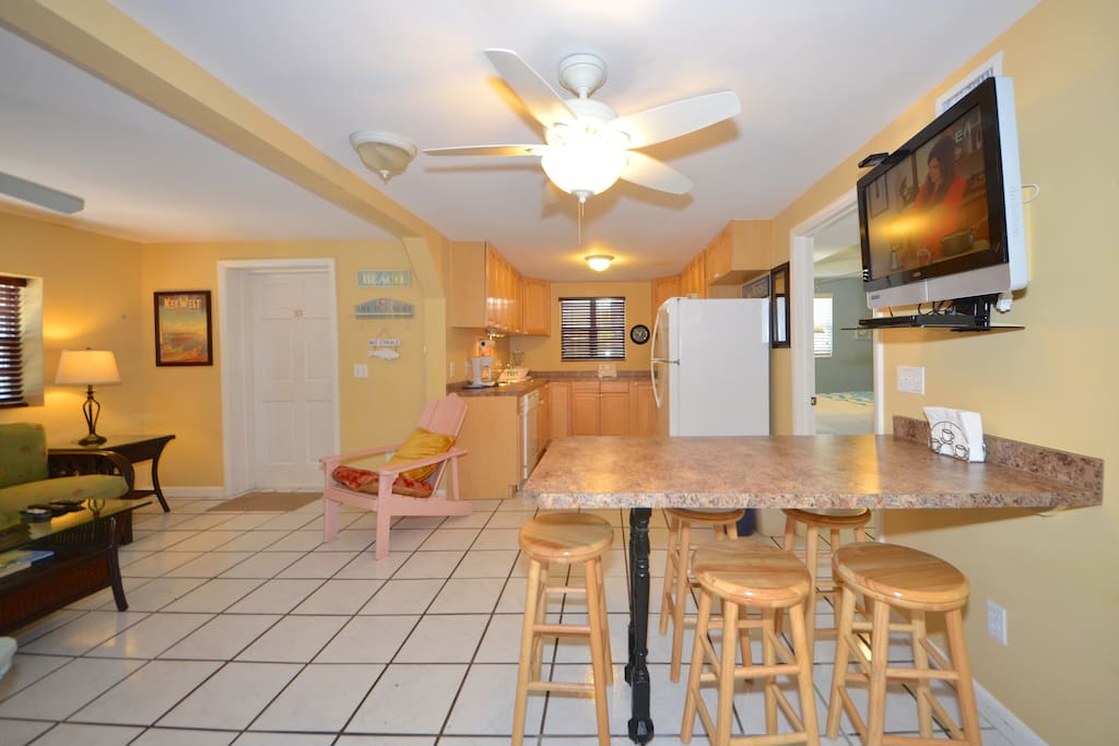 Large open floor plan for any occasion