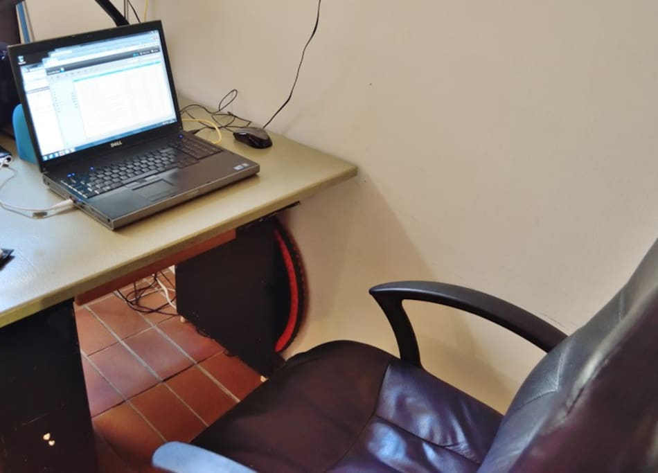 comfortable working space with fast Internet and free calls to landline phones (laptop not included)